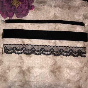 🆕 ASOS/American Eagle Velvet and Lace Chokers